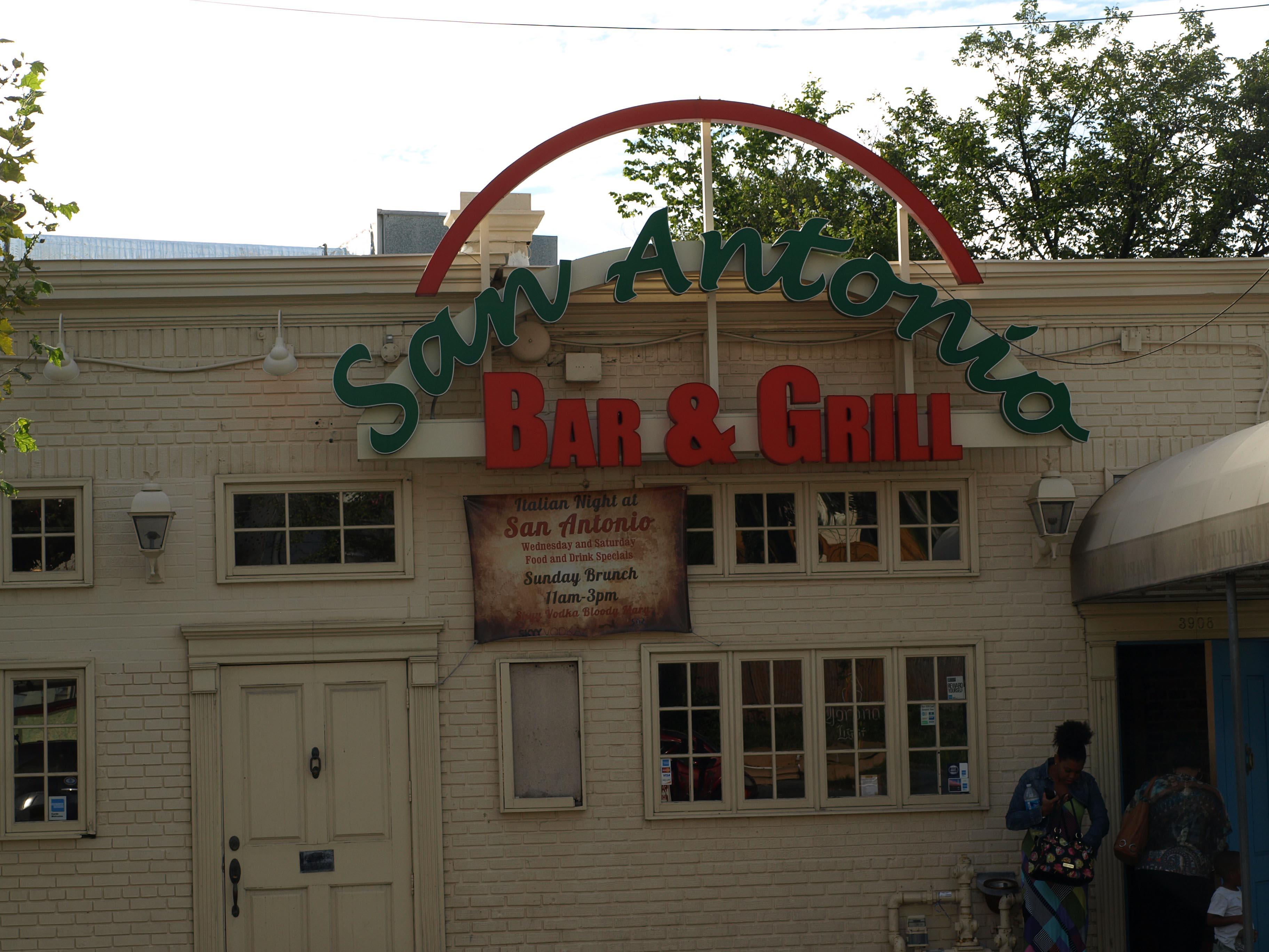 san Antonio Bar & Grill